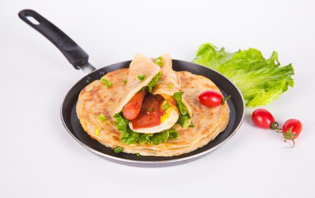 早餐常吃手抓饼,造成危害健康3个风险!特别是孕妇,你还敢吃吗
