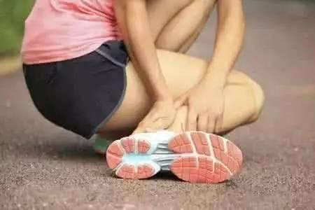 脚扭伤没消肿可以热敷吗?这些常识你要知道