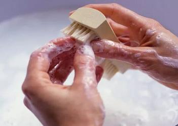 亮甲治疗灰指甲的效果如何?让你自信迎接属于你的曙光