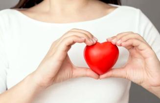 中医讲心慌胸闷气短的治疗原则是什么?治疗心慌气短胸闷的食疗方有哪些?